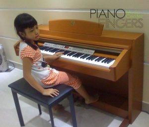 piano-dien-yamaha-clp-230